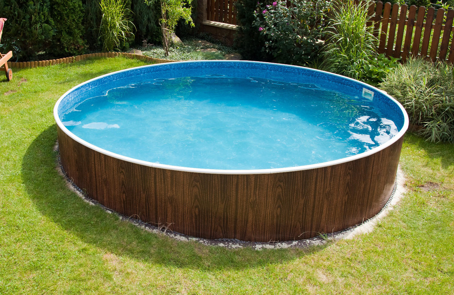 Holzoptik-Pools